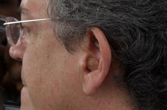 Ricardo-com-fone-de-ouvido
