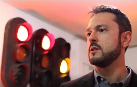 Video fábrica de semáforos em Campina