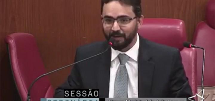 Video TIberio elogia Marcos