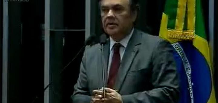 Video Cássio defende projeto sobre transição 31mai2017