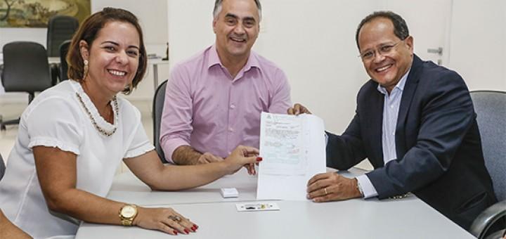 Ferreira Costa anuncia inicio das obras a Cartaxo