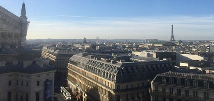 Palmari um olha sobre Paris