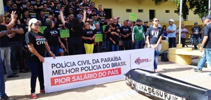 Policiais protesto pior salário do mundo
