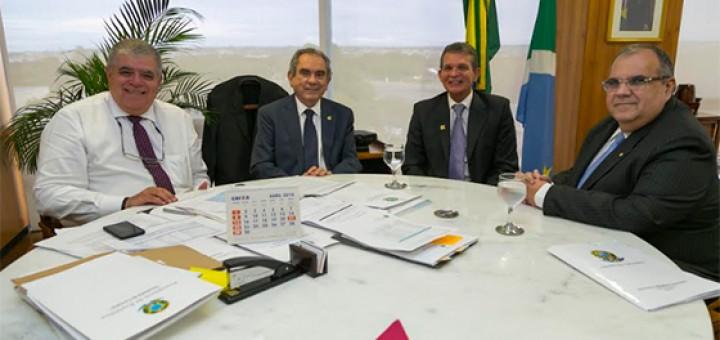 Raimundo Lira e Rômulo com ministros 18abr2018