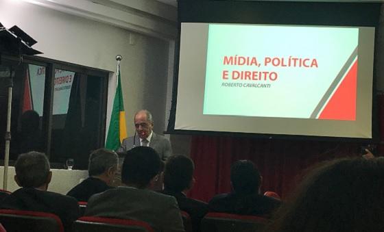 Roberto Cavalcanti em palestra na Cejus 7jun2018